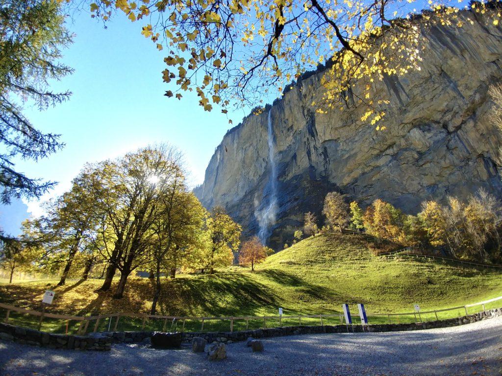 Lauterbrunnen瀑布鎮